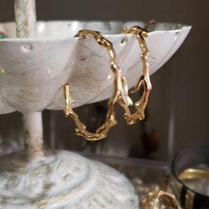 Stella  & dot gold coral shaped hoops